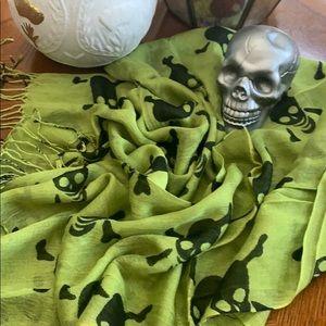 Biker Goth skull scarf/wrap Green .NWT